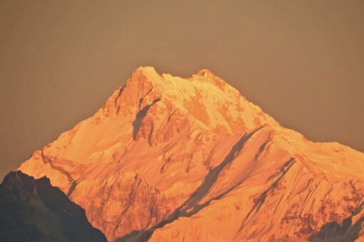 Kanchenzunga Views Packages